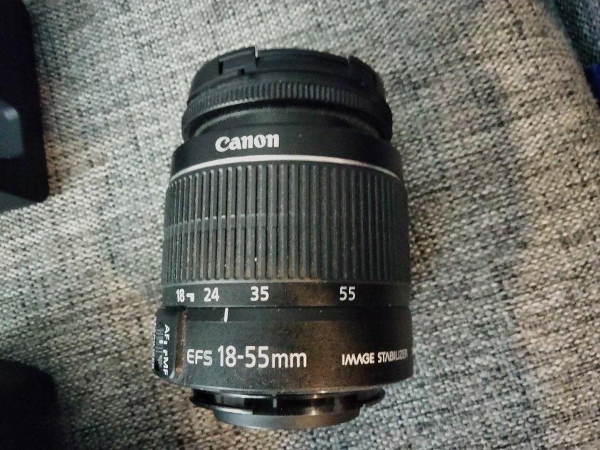 Canon EOS 1300D + objektiv
