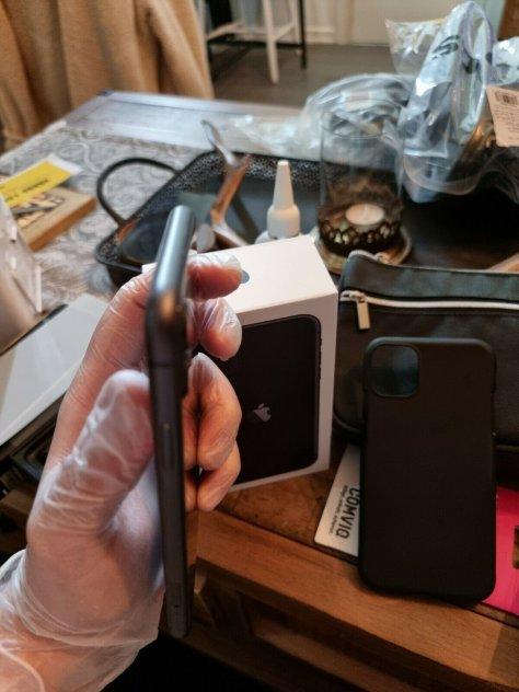 iPhone 11 64gb svart