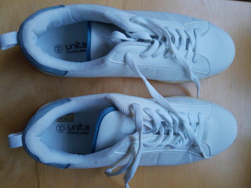 Units footwear herrskor
