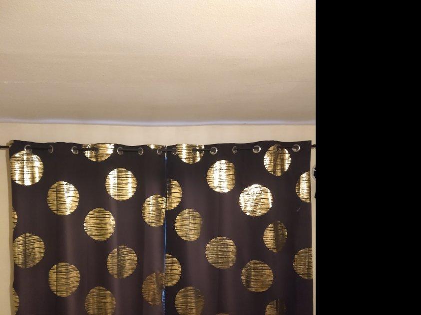 Mörkläggande gardiner med guldmotiv 2st