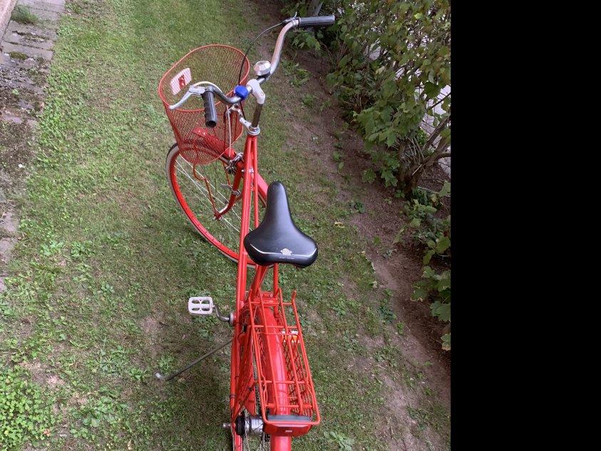 Crescent damcykel 28 tum i röd färg