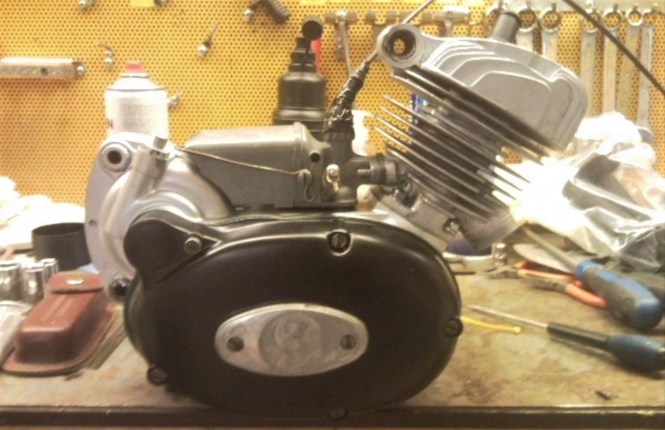 Crescent compact motor, fungerande