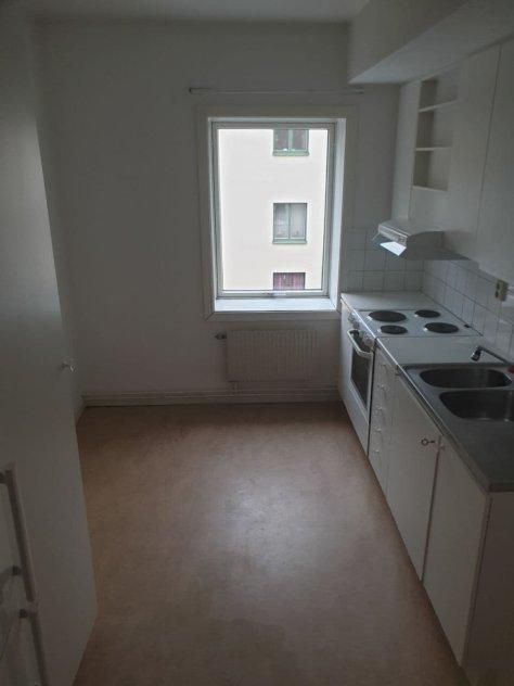 Lägenhet Midsommarkransen