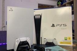 Playstation 5 (PS5) med skivenhet inklus