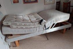 Ställbar säng 90 cm