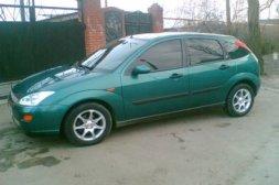 Ford Focus 1999 grön