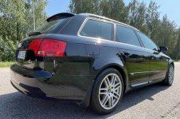 Audi A4 Manuell